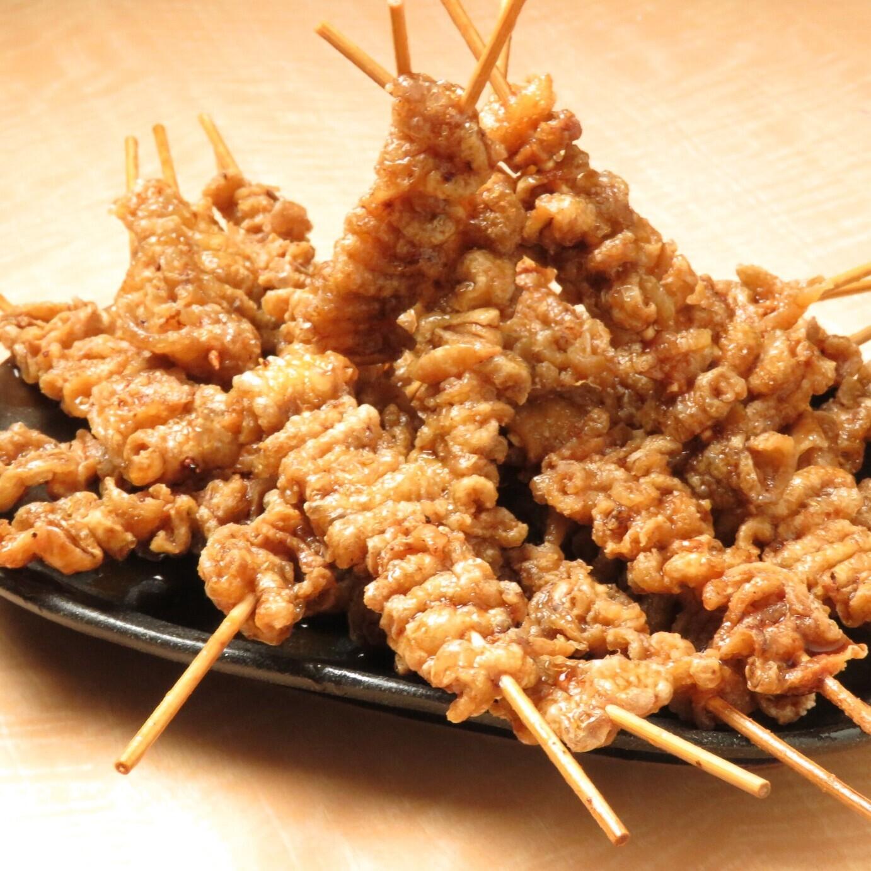 コスパ抜群な鶏料理が味わえる居酒屋【餃子のとりいちず酒場 高円寺北口店】